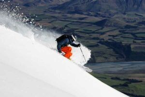7 Day Ski Mt Hutt Package