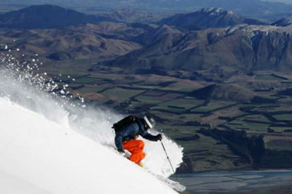 New Zealand ski fields Mt Hutt skiing NZ Ski