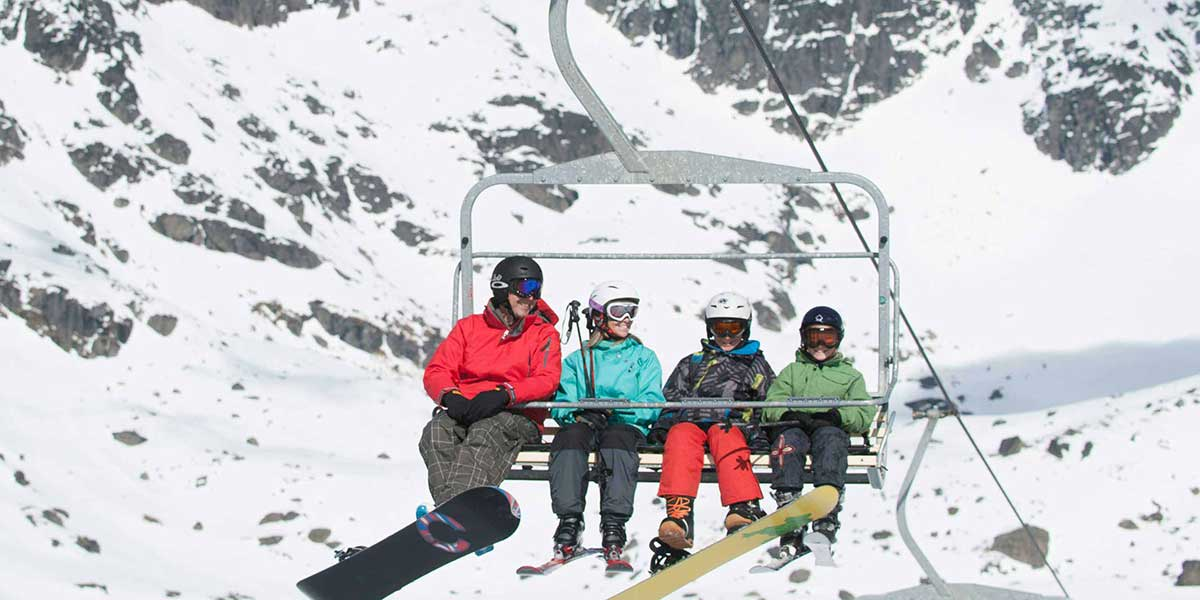 07 Day Queenstown Family Ski Package