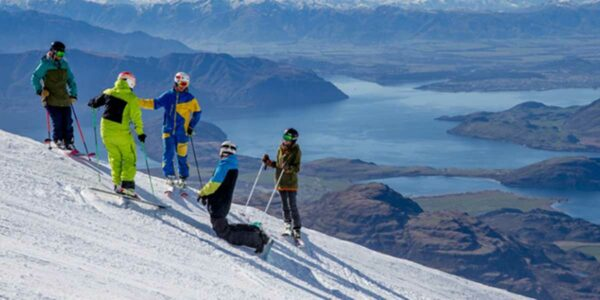 Treble Cone, the best destination for snowboarding in New Zealand