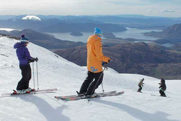 10 Day Wanaka Learn to Ski Package