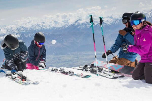 remarkables queenstown ski fields nz ski family new zealand ski lessons