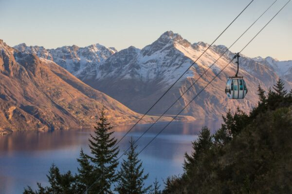 things to do in queenstown skyline gondola