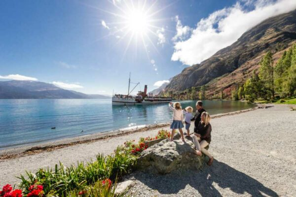 tss earnslaw cruise to walter peak queenstown family activities